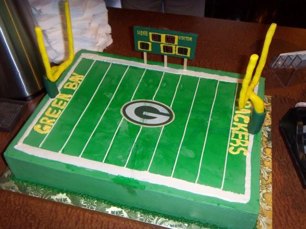 Pleasant Monzu Bakery Of Green Bay Wi Packers Grooms Cake Personalised Birthday Cards Veneteletsinfo